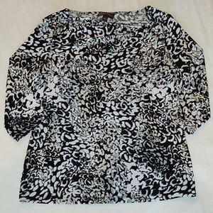 Dana Buchman women's 3/4 sleeve blouse, size M